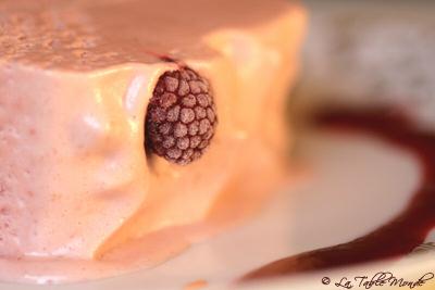 Bûche glacée framboises/litchis