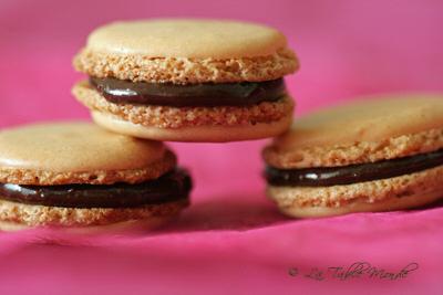 Macarons au chocolat et noisettes : La Table Monde a goûté et adoré #35