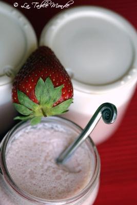 Yaourt aux fraises en 2 recettes